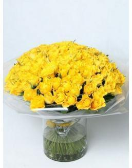 Bouquet of 101 yellow rose bushes | Roses to mother